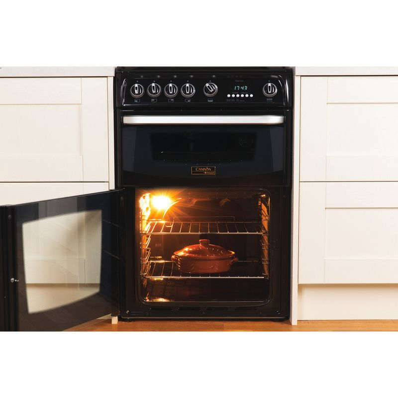 Hotpoint-Double-Cooker-CH60GCIK-Black-A--Enamelled-Sheetmetal-Lifestyle_Frontal_Open
