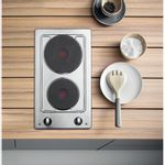 Hotpoint-HOB-E320SKIX-Inox-Solid-Plate-Lifestyle_Frontal