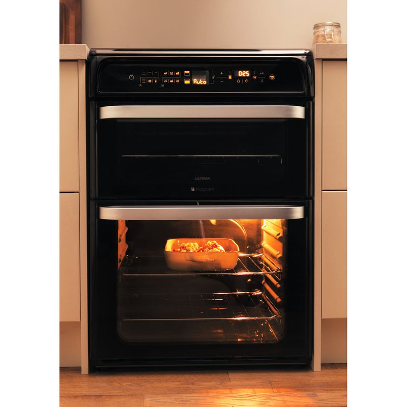 Hotpoint-Double-Cooker-HUI612-K-Black-A-Vitroceramic-Lifestyle-frontal