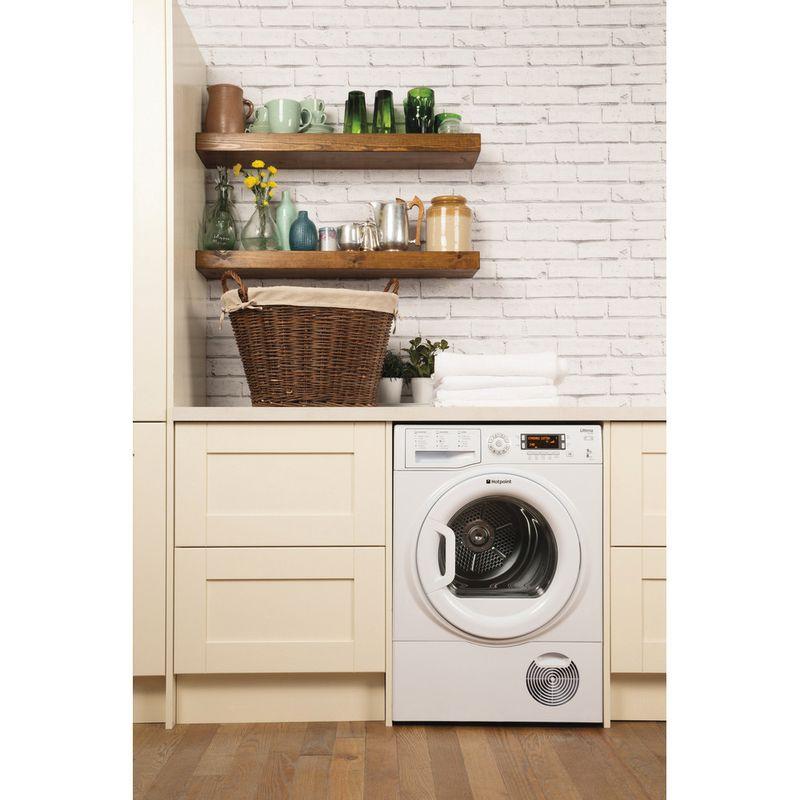 Hotpoint-Dryer-SUTCD-97B-6PM--UK--White-Lifestyle-frontal