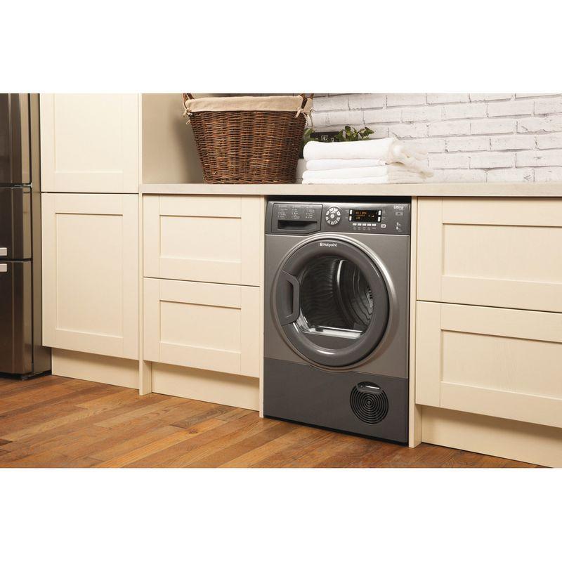 Hotpoint-Dryer-SUTCD-97B-6GM--UK--Graphite-Lifestyle-perspective