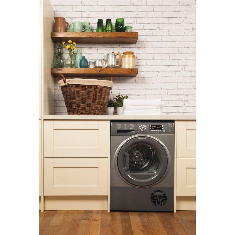 Hotpoint-Dryer-SUTCD-97B-6GM--UK--Graphite-Lifestyle-frontal