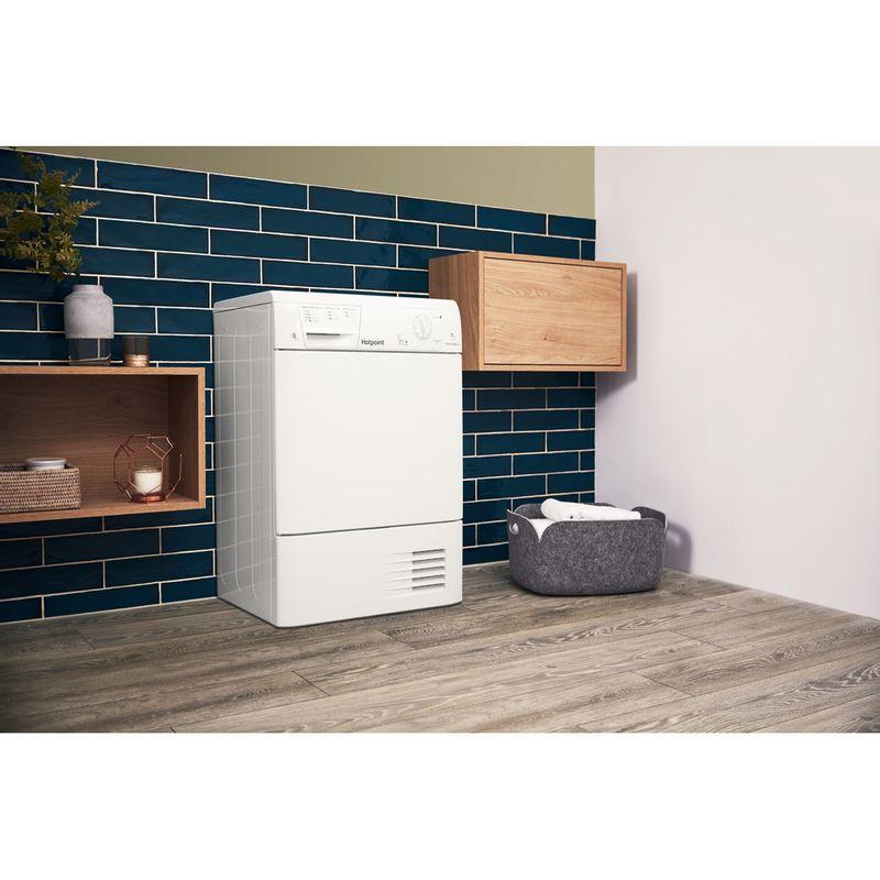 Hotpoint-Dryer-FETC-70B-P--UK--White-Lifestyle_Perspective
