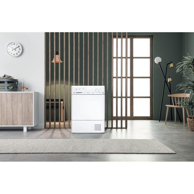Hotpoint-Dryer-TCM-580-B-P-UK--White-Lifestyle_Frontal