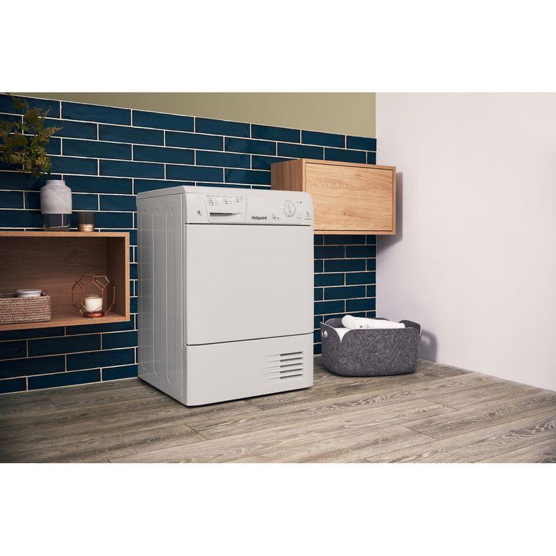 Hotpoint-Dryer-CDN-7000B-P--UK--White-Lifestyle-perspective