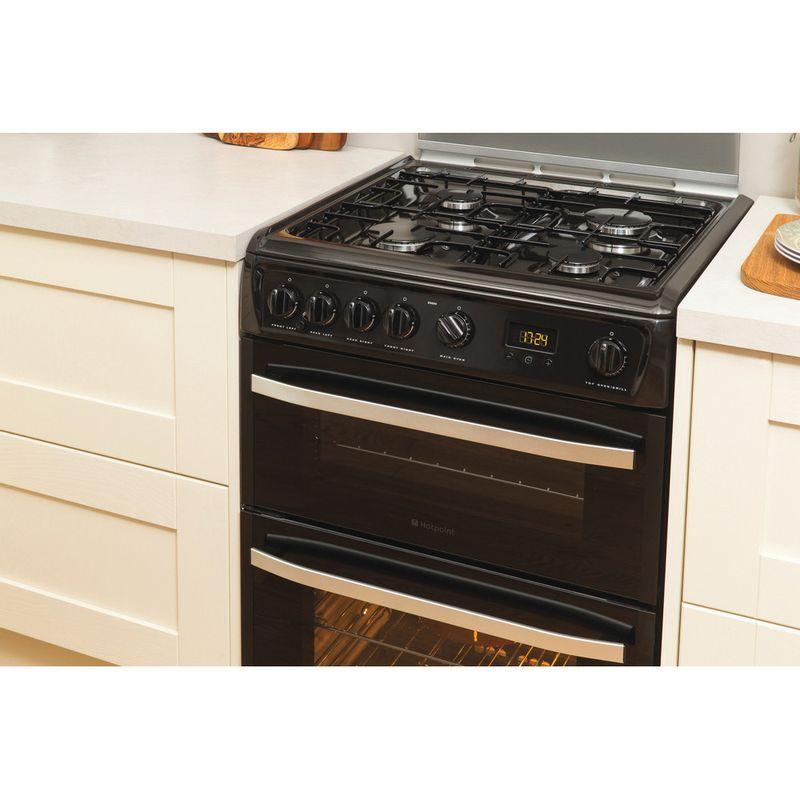 Hotpoint-Double-Cooker-DSG60K-Black-A--Enamelled-Sheetmetal-Lifestyle-perspective