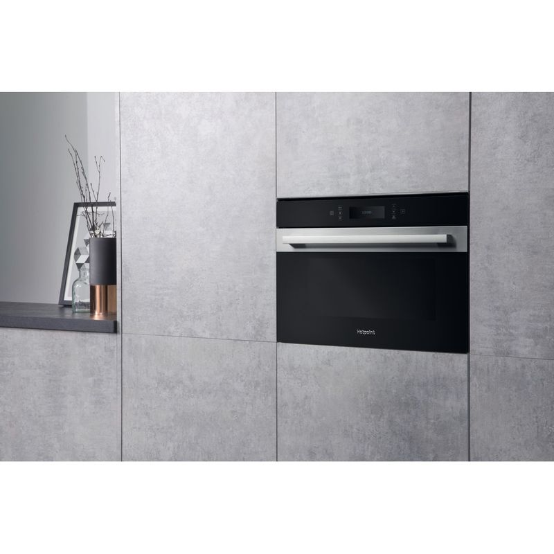 Hotpoint-Microwave-Built-in-MP-996-IX-H-Stainless-steel-Electronic-40-MW-Combi-900-Lifestyle-perspective