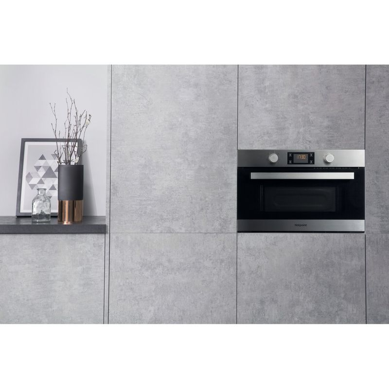 Hotpoint-Microwave-Built-in-MD-344-IX-H-Stainless-steel-Electronic-31-MW-Grill-function-1000-Lifestyle-frontal