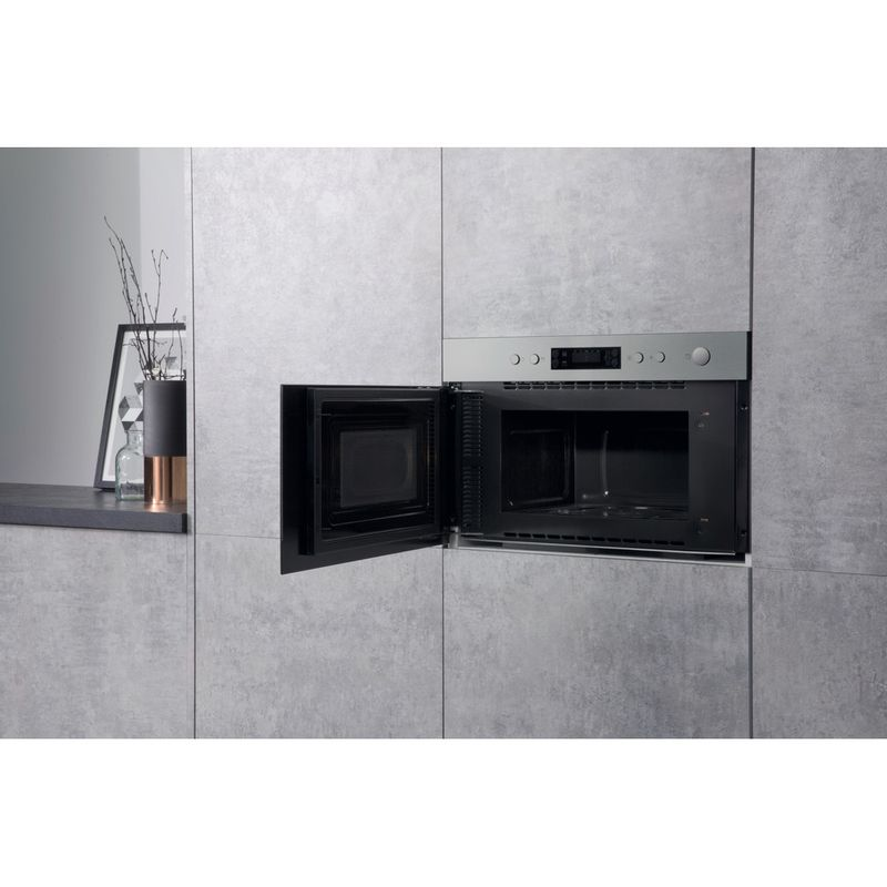 Hotpoint-Microwave-Built-in-MN-314-IX-H-Stainless-steel-Electronic-22-MW-Grill-function-750-Lifestyle-perspective-open
