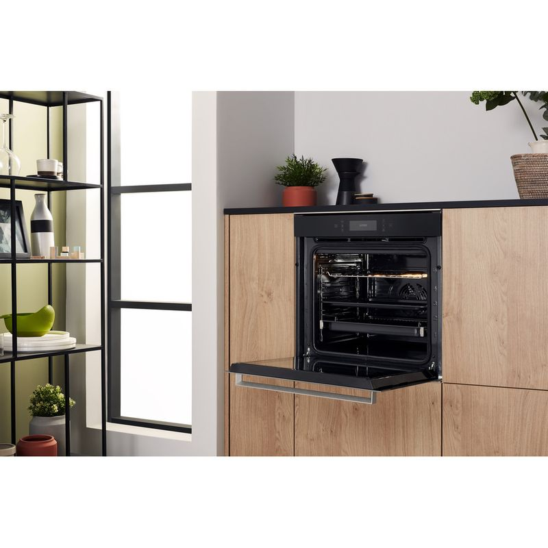 Hotpoint-OVEN-Built-in-SI7-891-SP-IX-Electric-A--Lifestyle-perspective-open