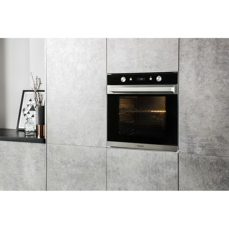 Hotpoint-OVEN-Built-in-SI7-864-SH-IX-Electric-A--Lifestyle_Perspective