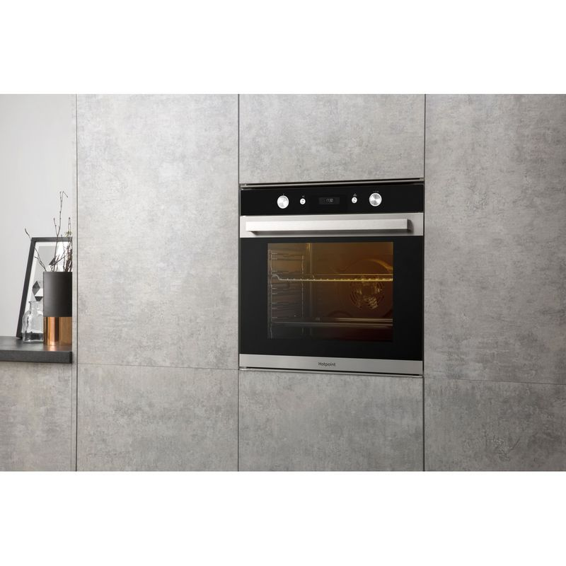 Hotpoint-OVEN-Built-in-SI6-864-SH-IX-Electric-A--Lifestyle-perspective