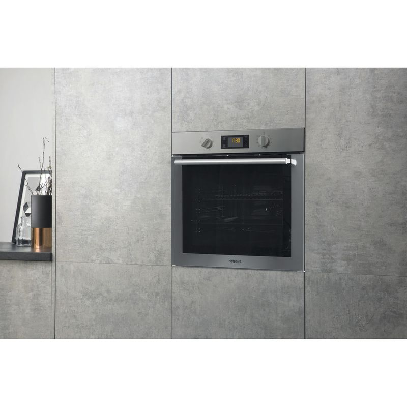 Hotpoint-OVEN-Built-in-SA4-544-H-IX-Electric-A-Lifestyle-perspective