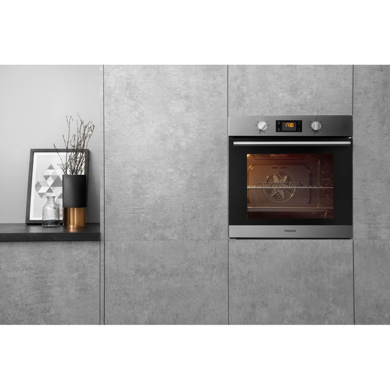 Hotpoint-OVEN-Built-in-SA2-540-H-IX-Electric-A-Lifestyle-frontal