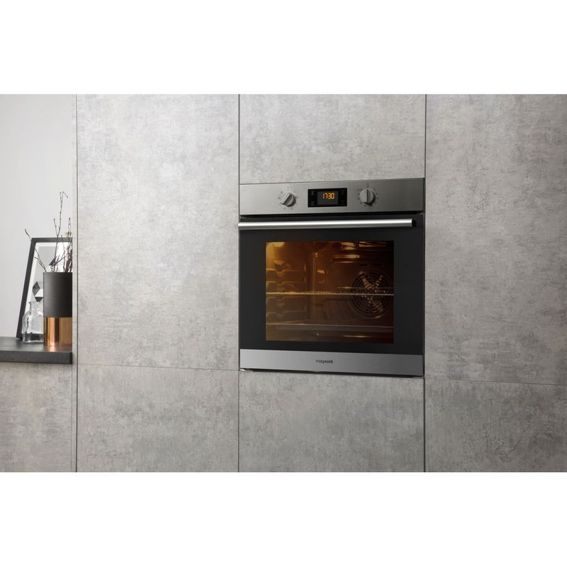 Hotpoint-OVEN-Built-in-SA2-540-H-IX-Electric-A-Lifestyle-perspective