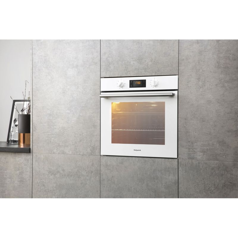 Hotpoint-OVEN-Built-in-SA2-540-H-WH-Electric-A-Lifestyle-perspective