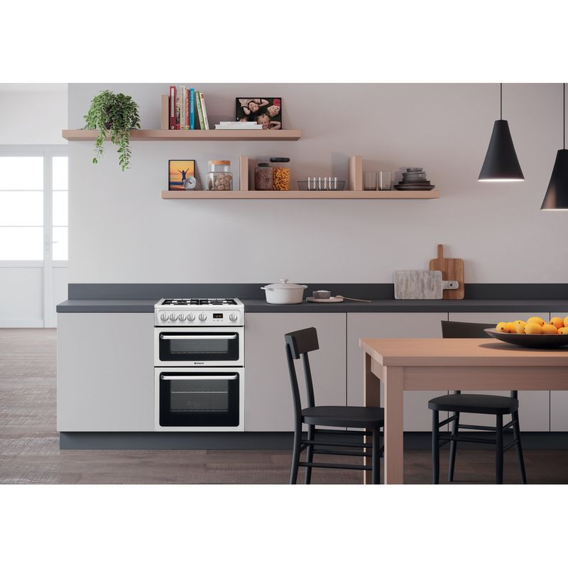 Hotpoint-Double-Cooker-HARG60P-White-A--Enamelled-Sheetmetal-Lifestyle-frontal