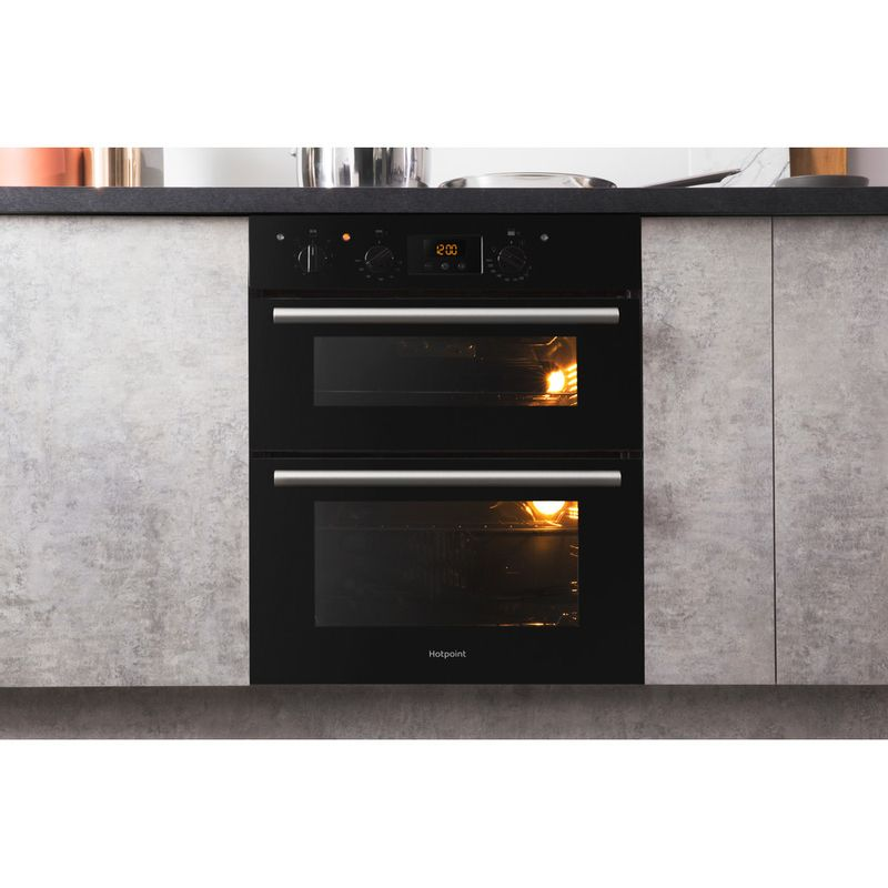 Hotpoint-Double-oven-DU2-540-BL-Black-A-Lifestyle-frontal