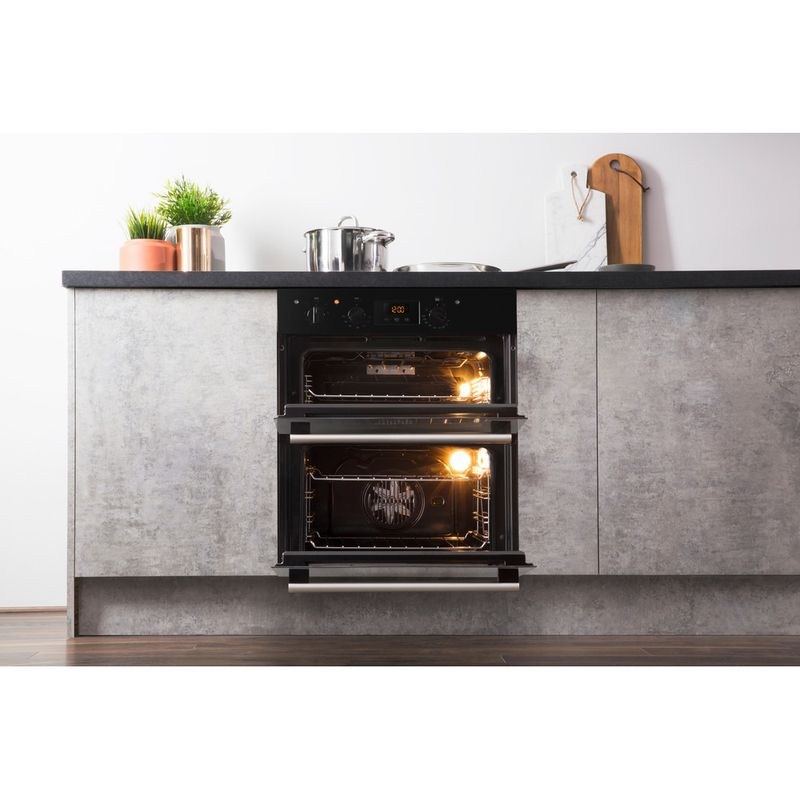 Hotpoint-Double-oven-DU2-540-BL-Black-A-Lifestyle-frontal-open