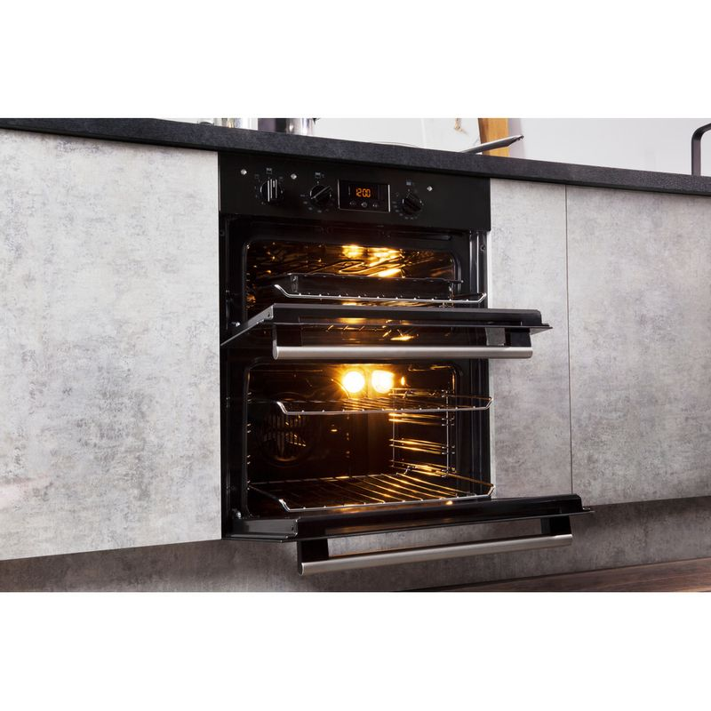 Hotpoint-Double-oven-DU2-540-BL-Black-A-Lifestyle-perspective-open