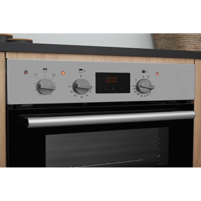 Hotpoint-Double-oven-DD2-544-C-IX-Inox-A-Lifestyle-control-panel