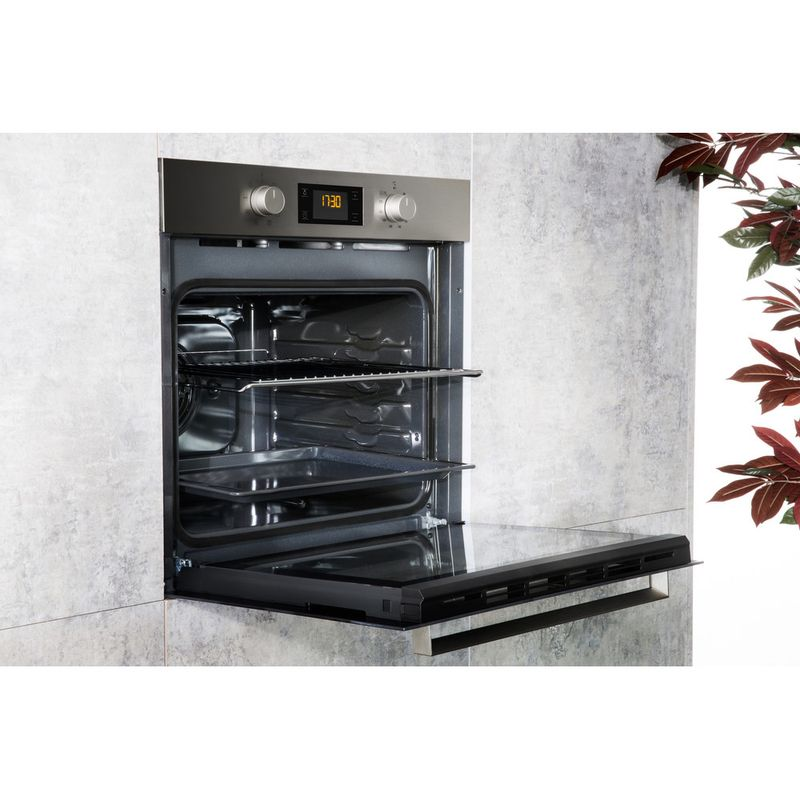 Hotpoint-OVEN-Built-in-SA3-340-H-IX-Electric-A-Lifestyle-perspective-open