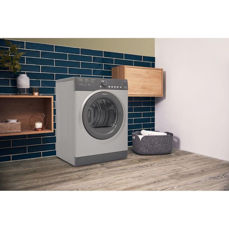 Hotpoint-Dryer-TVFS-73B-GG.9-UK-Graphite-Lifestyle_Perspective