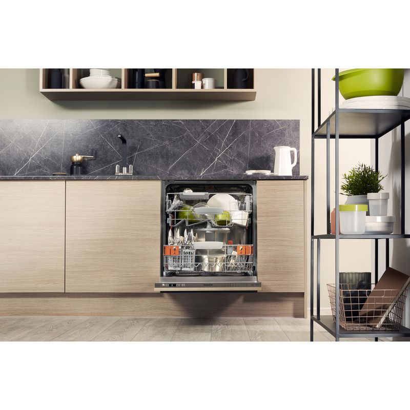 Hotpoint-Dishwasher-Built-in-HIO-3T221-WG-C-E-UK-Full-integrated-A-Lifestyle-frontal-open