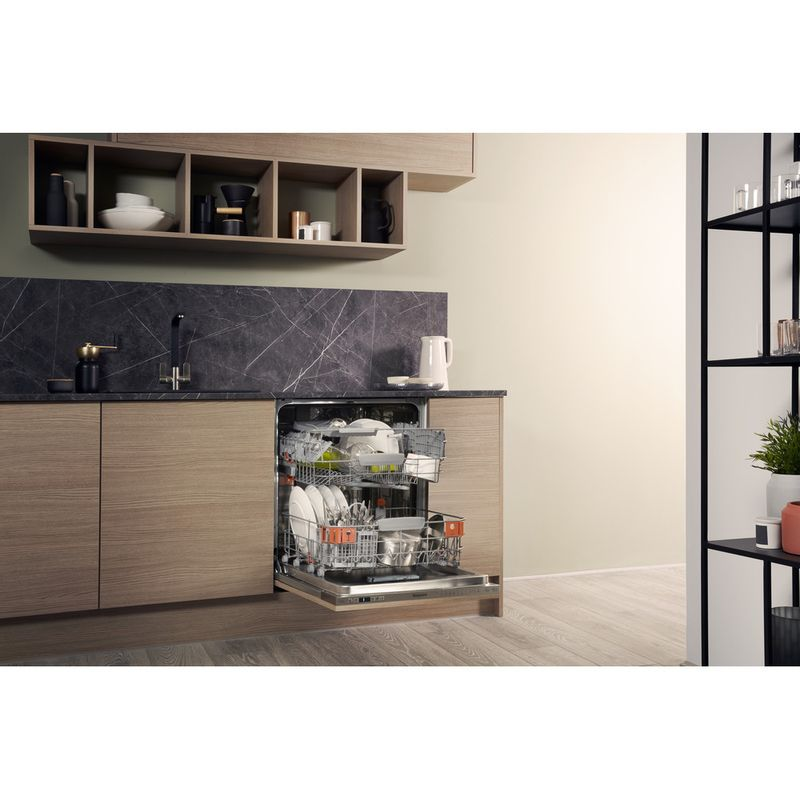 Hotpoint-Dishwasher-Built-in-HIO-3T221-WG-C-E-UK-Full-integrated-A-Lifestyle-perspective-open