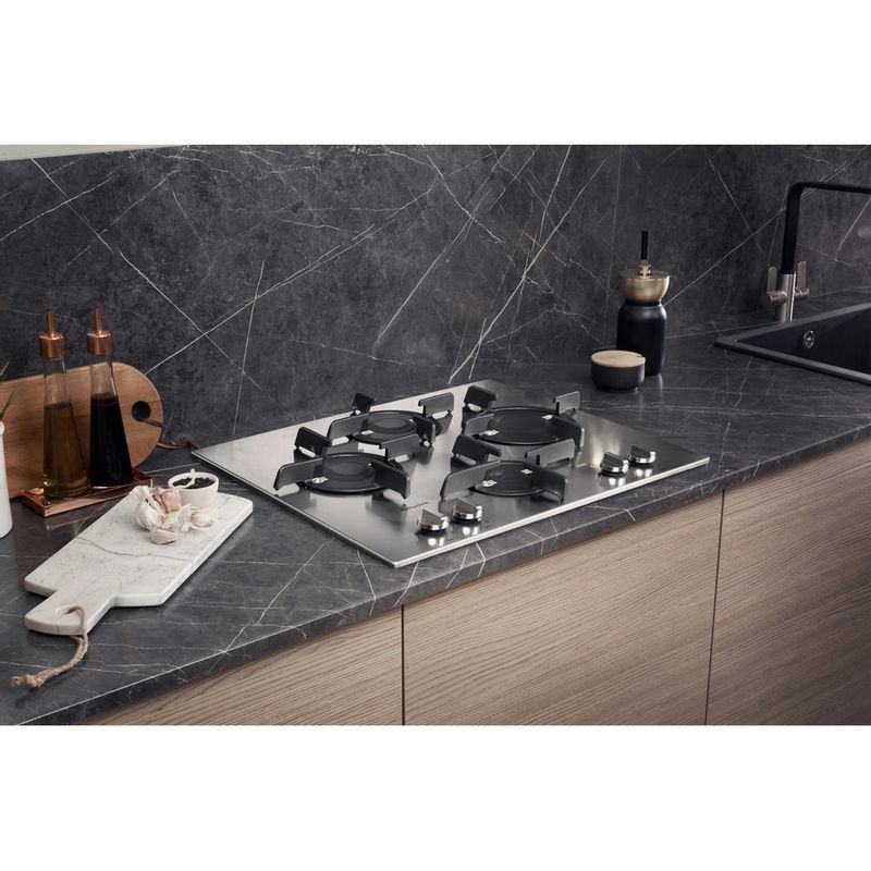 Hotpoint-HOB-FTGHL-641-D-IX-H-Stainless-steel-GAS-Lifestyle-perspective