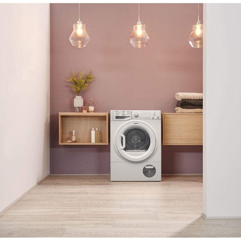 Hotpoint-Dryer-TCFS-73B-GP.9--UK--White-Lifestyle-frontal