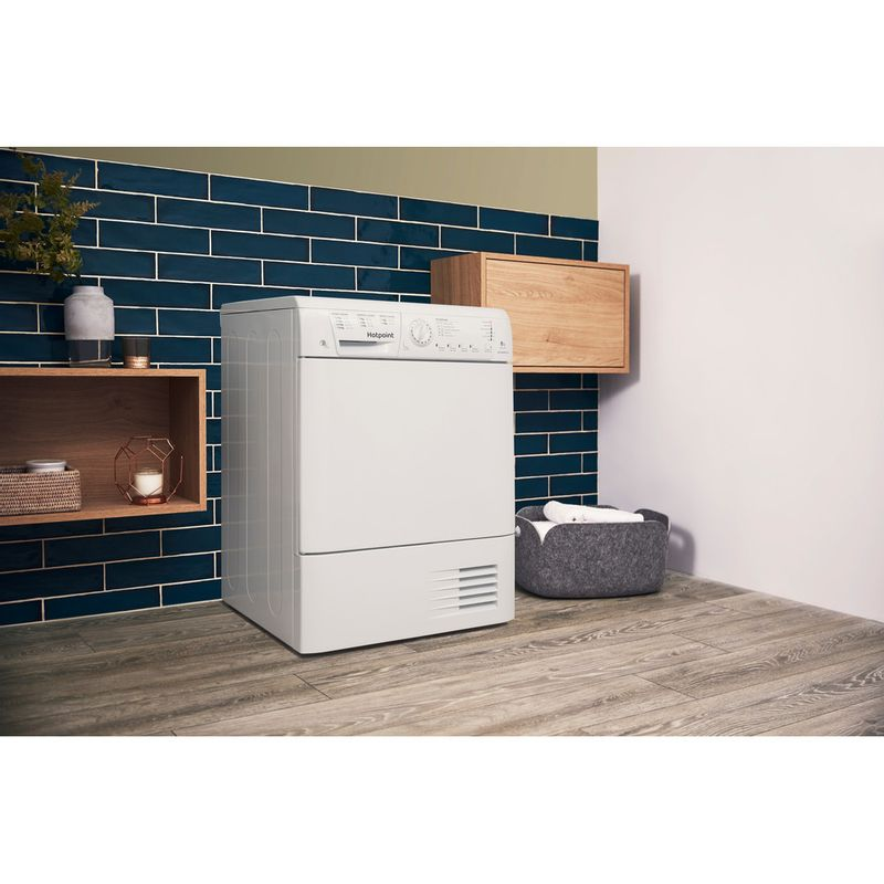 Hotpoint-Dryer-TCHL-870-BP.9--UK--White-Lifestyle_Perspective