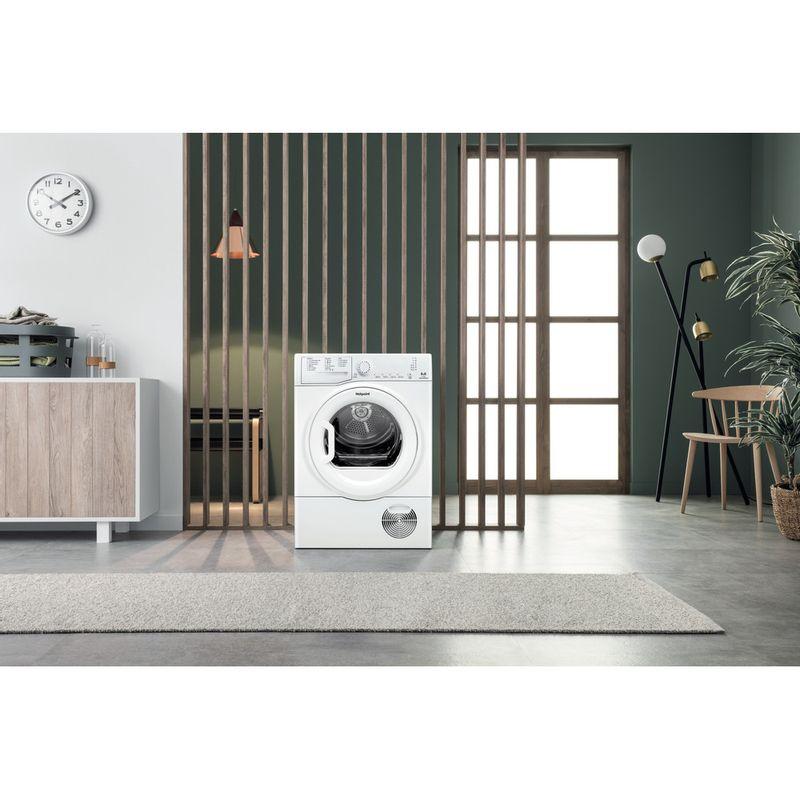 Hotpoint-Dryer-TCFS-83B-GP.9--UK--White-Lifestyle-frontal