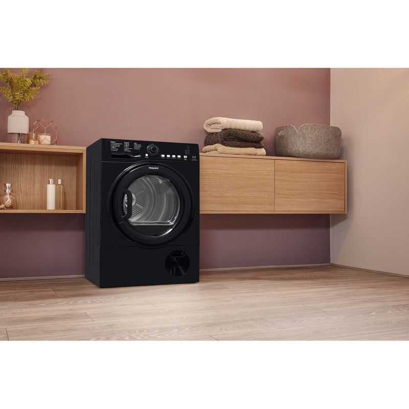 Hotpoint-Dryer-TCFS-835B-GK.9-UK-Black-Lifestyle-perspective