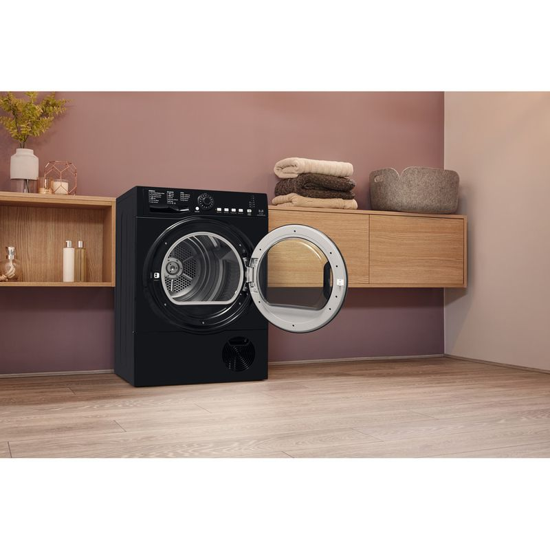 Hotpoint-Dryer-TCFS-835B-GK.9-UK-Black-Lifestyle-perspective-open
