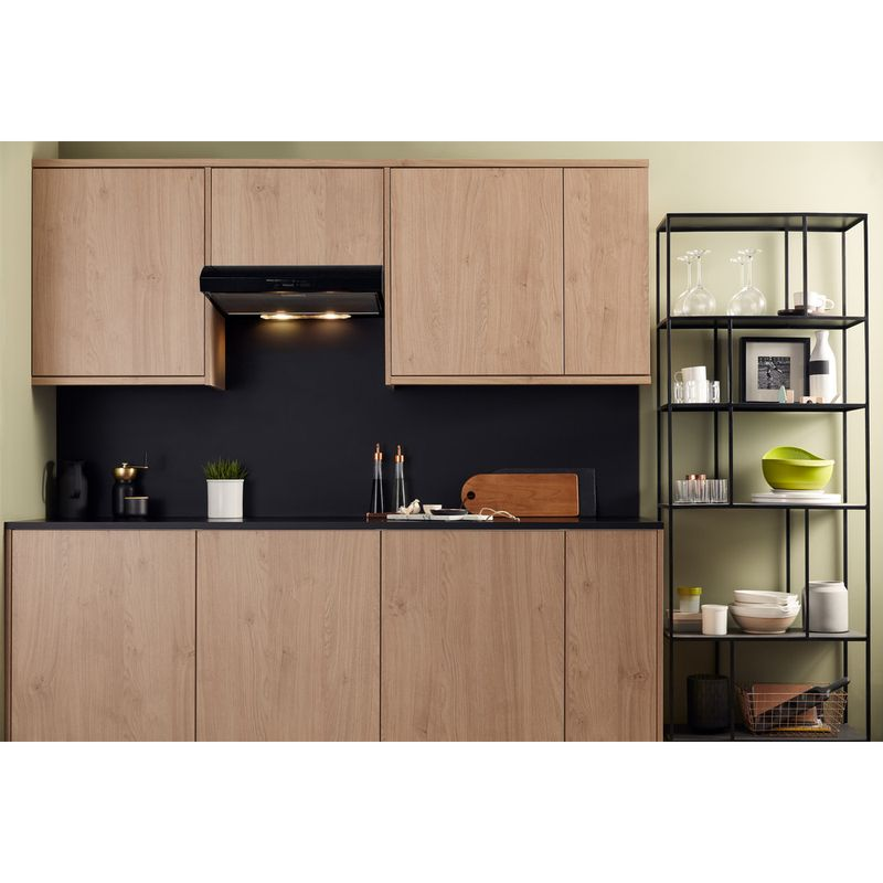 Hotpoint-HOOD-Built-in-PSLMO-65F-LS-K-Black-Built-in-Mechanical-Lifestyle_Frontal