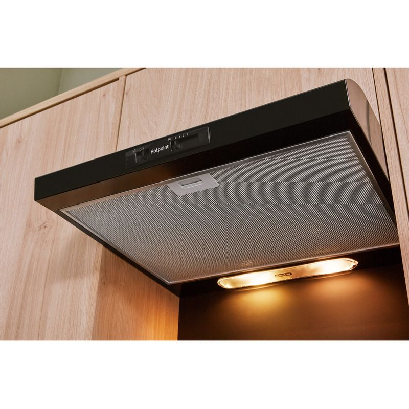 Hotpoint-HOOD-Built-in-PSLMO-65F-LS-K-Black-Built-in-Mechanical-Lifestyle_Perspective