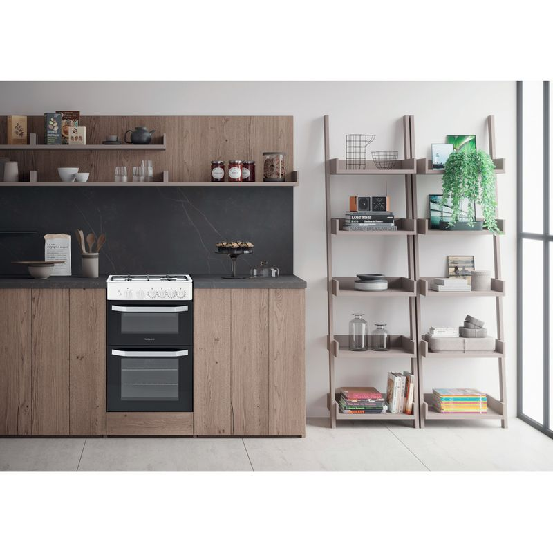 Hotpoint-Double-Cooker-HD5G00KCW-UK-White-A--Enamelled-Sheetmetal-Lifestyle-frontal