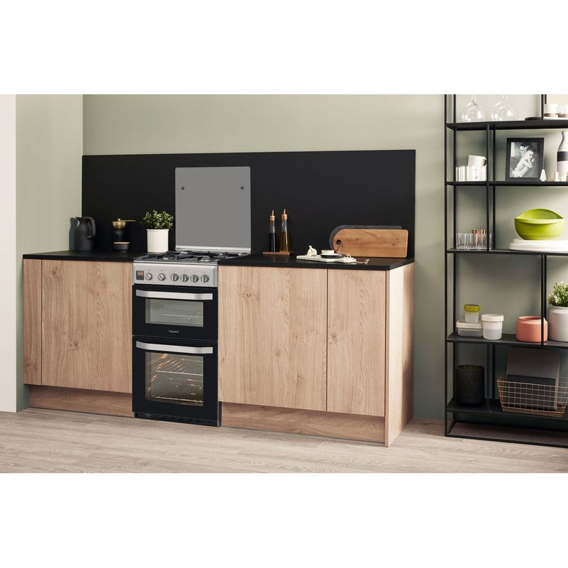 Hotpoint-Double-Cooker-HD5G00CCX-UK-Inox-A--Stainless-steel-Lifestyle-perspective