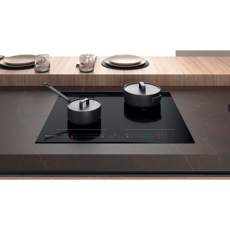 Hotpoint-HOB-TS-9960C-BF-Black-Induction-vitroceramic-Lifestyle-frontal-top-down