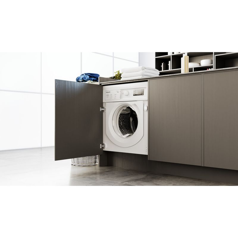 Hotpoint-Washer-dryer-Built-in-BI-WDHG-861484-UK-White-Front-loader-Lifestyle-perspective