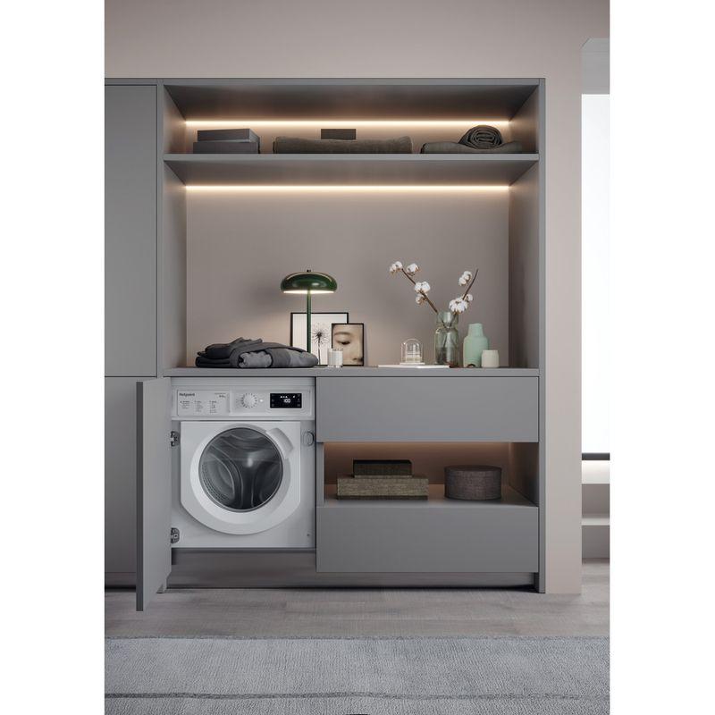 Hotpoint-Washer-dryer-Built-in-BI-WDHG-961484-UK-White-Front-loader-Lifestyle-frontal