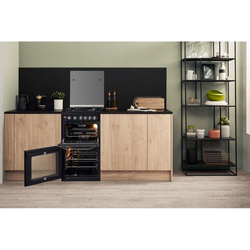 Hotpoint-Double-Cooker-HD5G00CCBK-UK-Black-A--Enamelled-Sheetmetal-Lifestyle-frontal-open