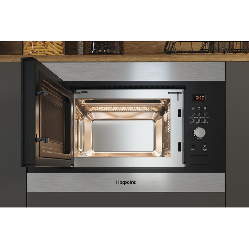 Hotpoint-Microwave-Built-in-MF20G-IX-H-Inox-Electronic-20-MW-Grill-function-800-Lifestyle-frontal-open