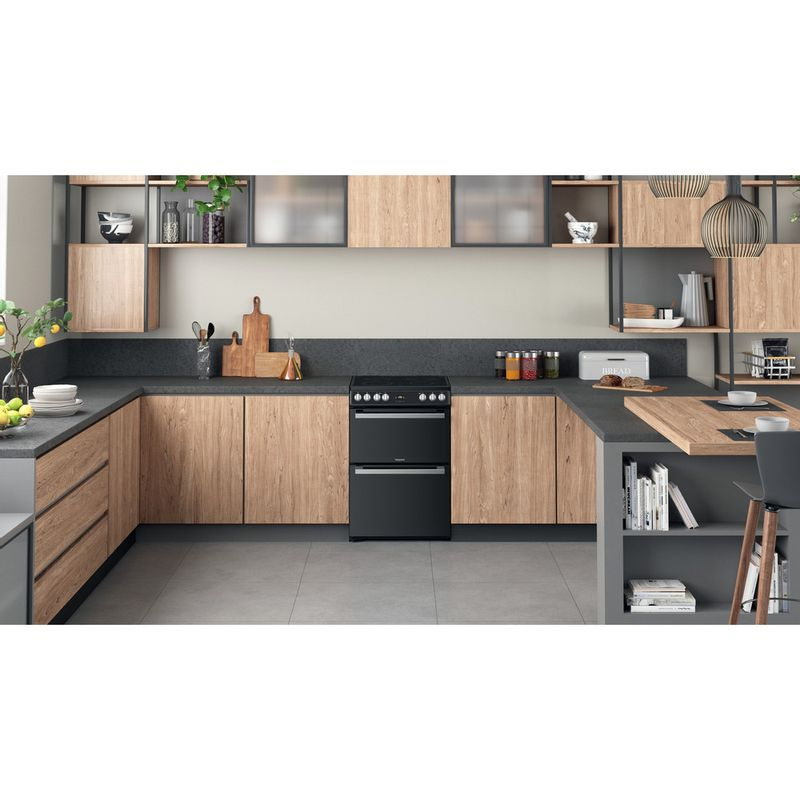 Hotpoint-Double-Cooker-HDT67V9H2CB-UK-Black-A-Lifestyle-frontal