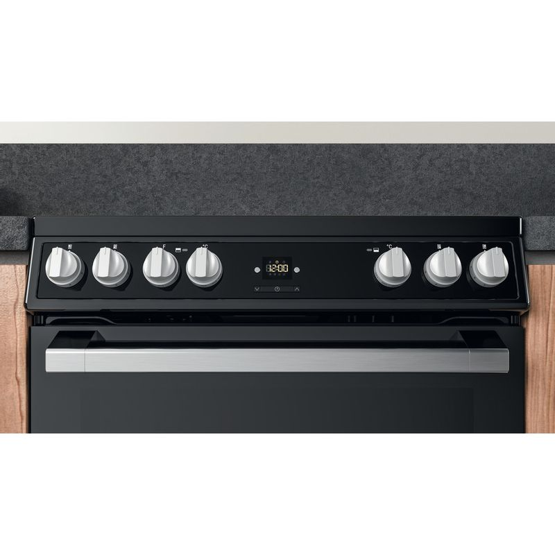 Hotpoint-Double-Cooker-HDT67V9H2CB-UK-Black-A-Lifestyle-control-panel