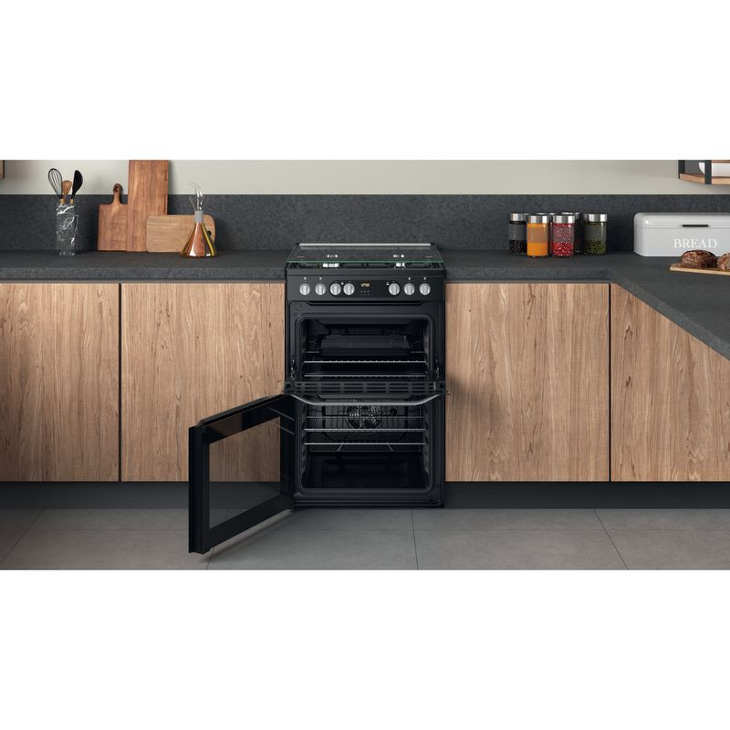 Hotpoint-Double-Cooker-HDM67G9C2CB-UK-Black-A-Lifestyle-frontal-open