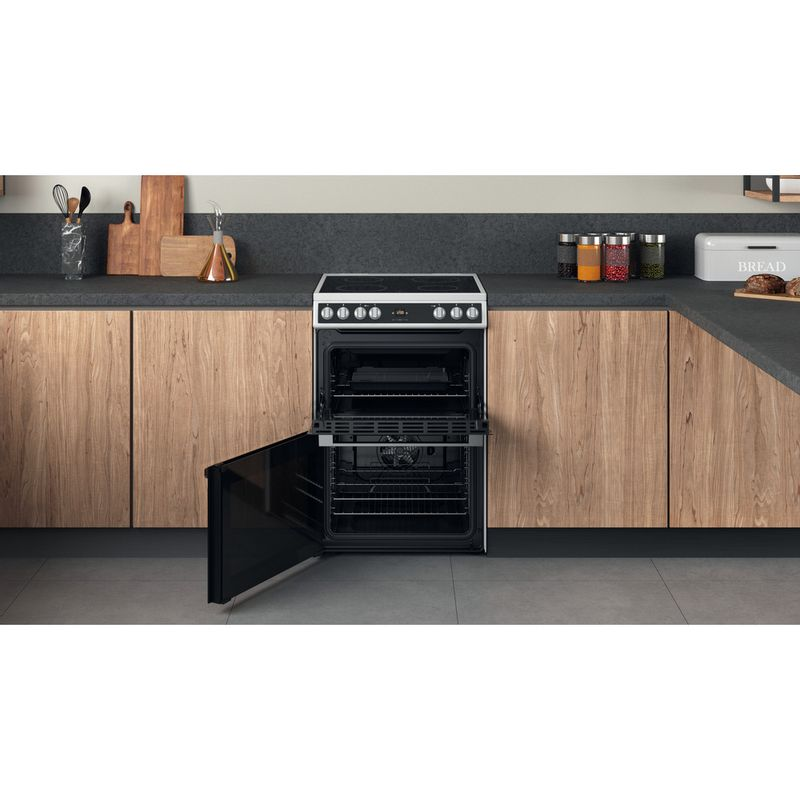 Hotpoint-Double-Cooker-HDT67V9H2CW-UK-White-A-Lifestyle-frontal-open