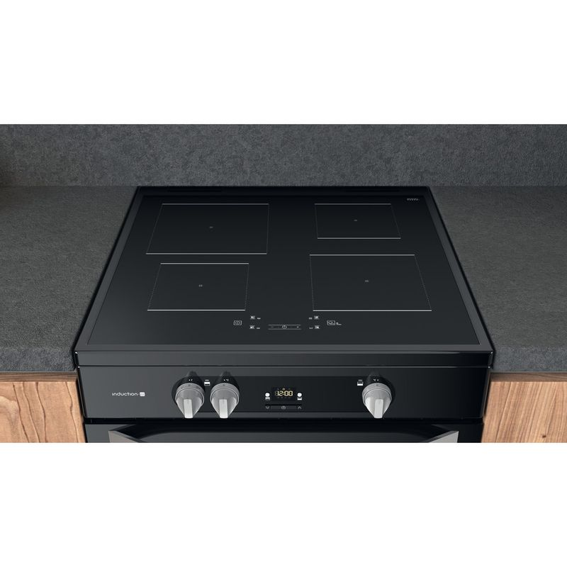 Hotpoint-Double-Cooker-HDM67I9H2CB-U-Black-A-Lifestyle-frontal-top-down