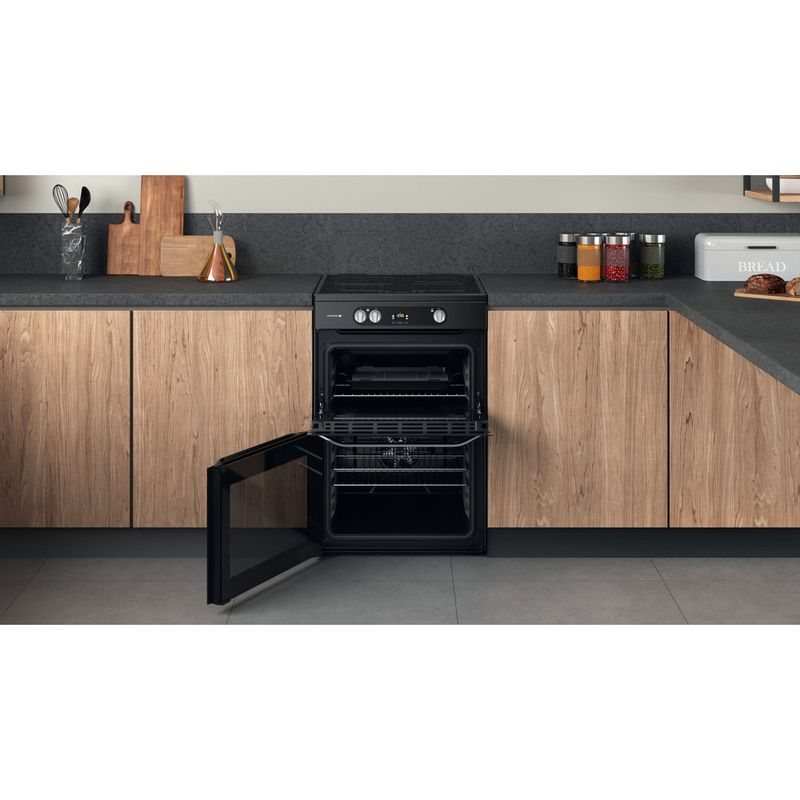 Hotpoint-Double-Cooker-HDM67I9H2CB-U-Black-A-Lifestyle-frontal-open